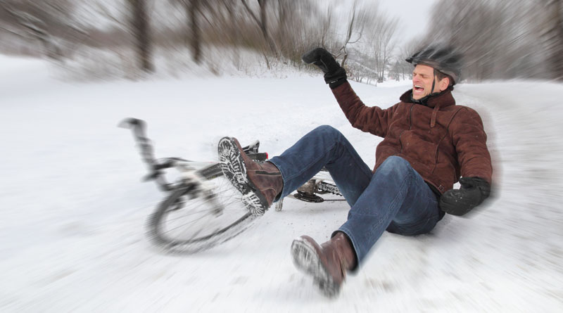 bicycle crash in winter